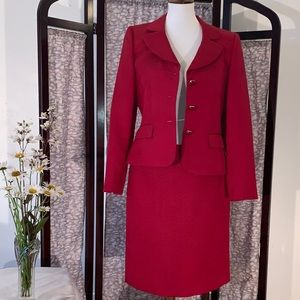 Antonio Melani red ribbed suit and skirt.